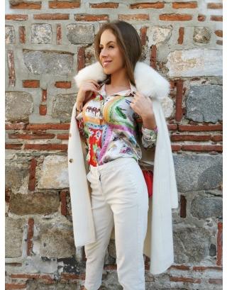 Кашмирено палто с яка от естествена лисица